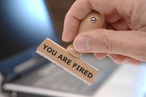 פוטרת מהעבודה? – דע את זכויותך