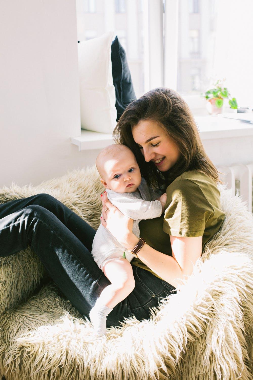 מתנה קטנה ממס הכנסה לאימא הטרייה- אלו הזכויות לאחר לידה